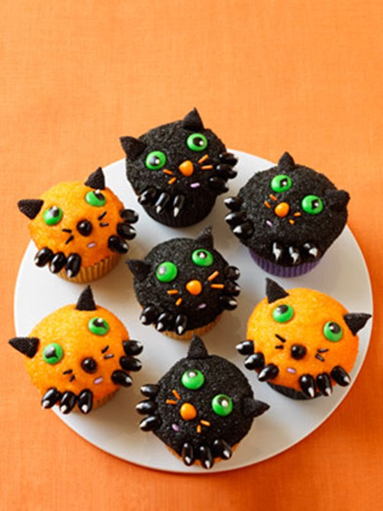 8 Recipes For Diy Halloween Cupcakes Beesdiy Com
